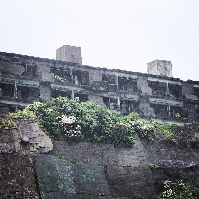 Abandoned: Hashima Island's Ghostly Remains (Photos)